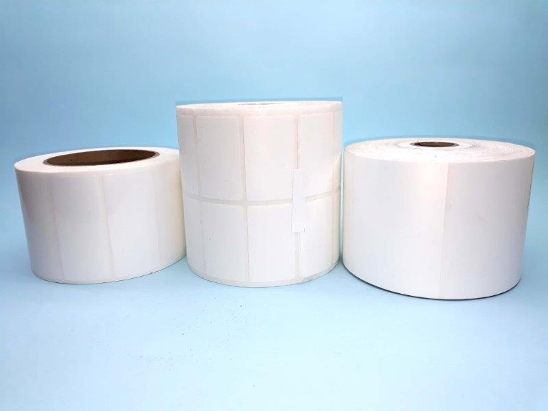 Etiqueta adesiva branca